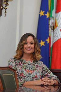 DÑA. ANA MARÍA GUIJARRO CARMONA