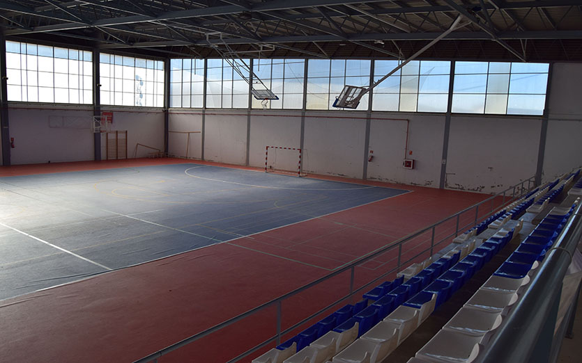 Polideportivo municipal 2